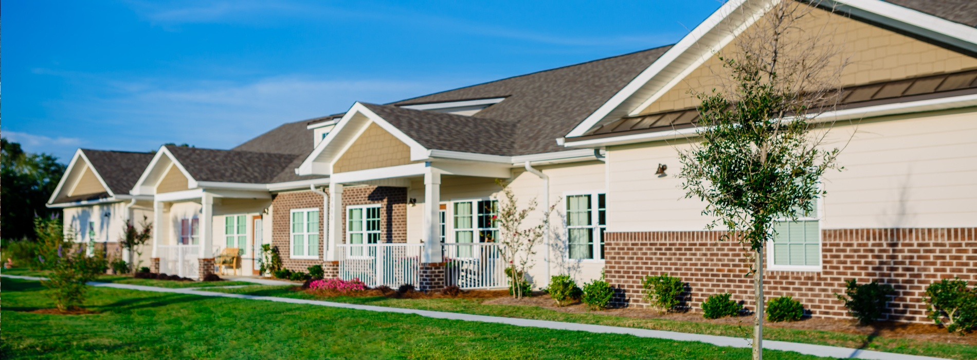 Beacon Place Tuscaloosa - Luxury apartment complex
